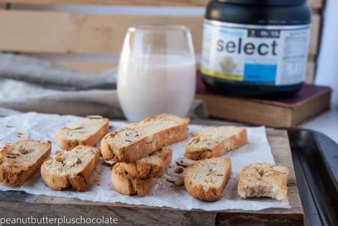 healthy-vanilla-almond-biscotti2