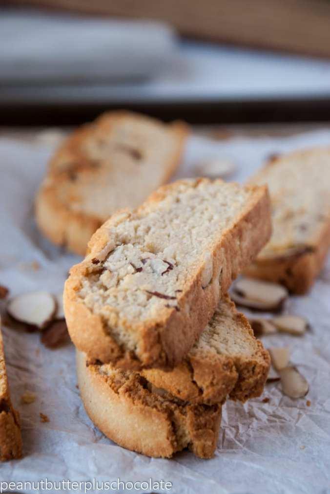healthy-vanilla-almond-biscotti3