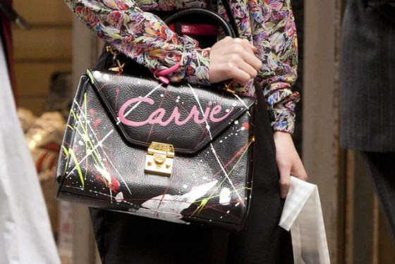 173240-gallerySize-the-carrie-bag