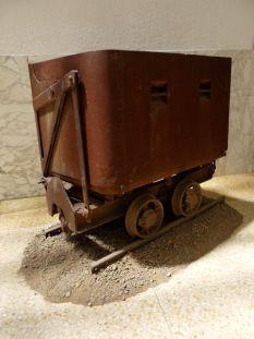 Vagoncino per il carbone