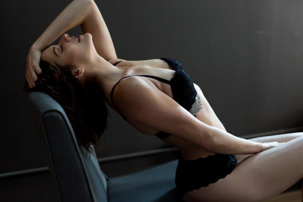 Portland-Boudoir-Studio-Photos-Sexy-05