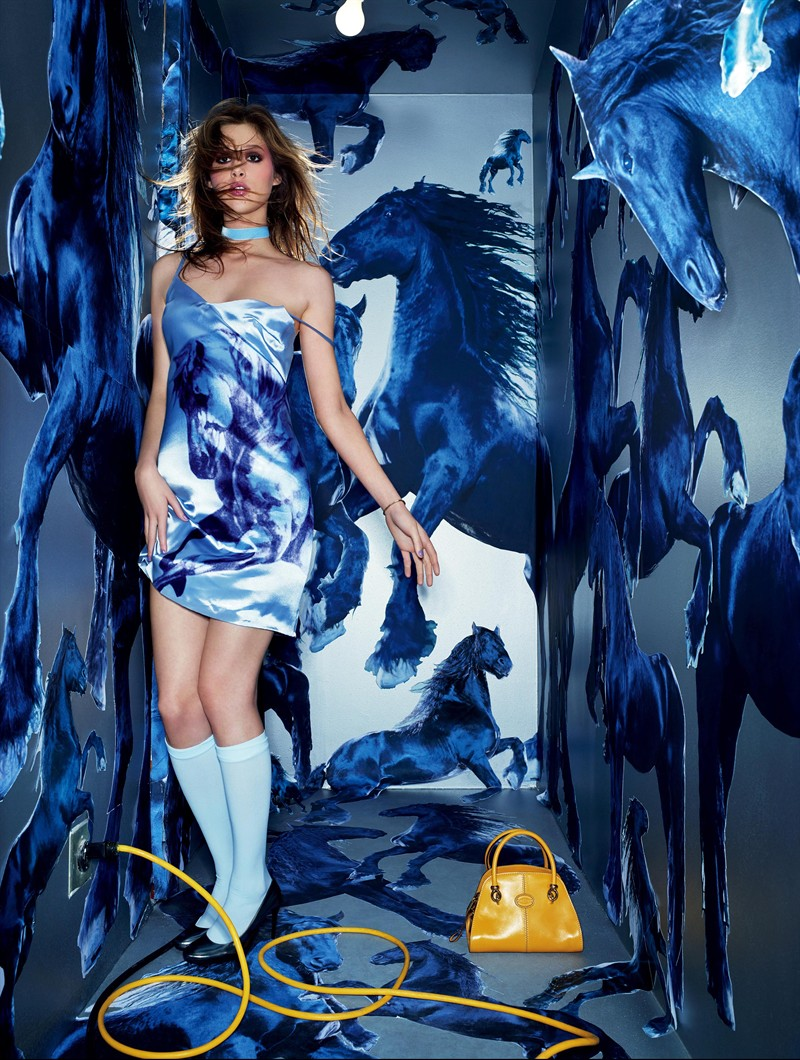 "www.pegasebuzz.com | ""Pop Touch"" David LaChapelle for Tod's Sella Bag 2013"