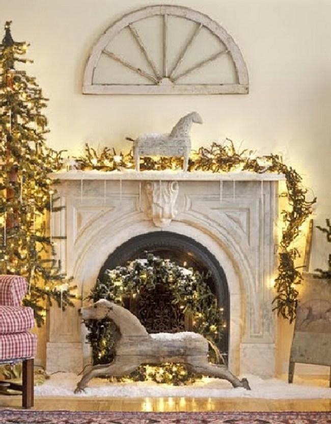 www.pegasebuzz.com | Equestrian Decor for Christmas