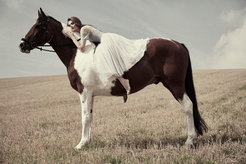 www.pegasebuzz.com   Thea Owens by Tom Corbett for Cosmopolitan UK, december 2014