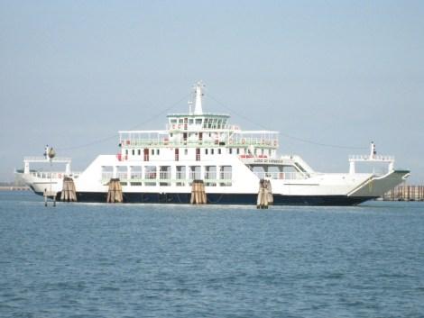 """Venezia - Ferry-boat Lido di Venezia"""