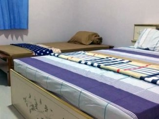 Kamar FortuneJo Homestay (sumber: booking.com)