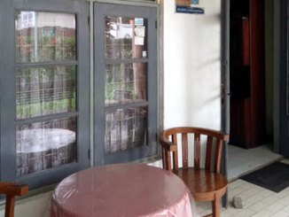 Teras depan Omah Mimi Guest House (google business site)