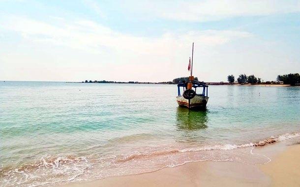 Pantai Blebak Pantai Menawan Dengan Air Jernih Berpasir Putih Di Jepara Penginapan Net 2021
