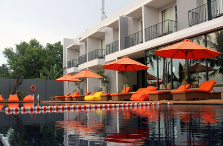 The Acacia Hotel Anyer (sumber: transit.navitime.com)
