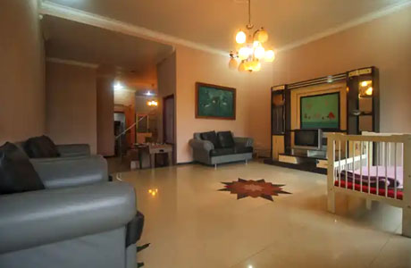 Interior Villa Harmonie (sumber: traveloka)