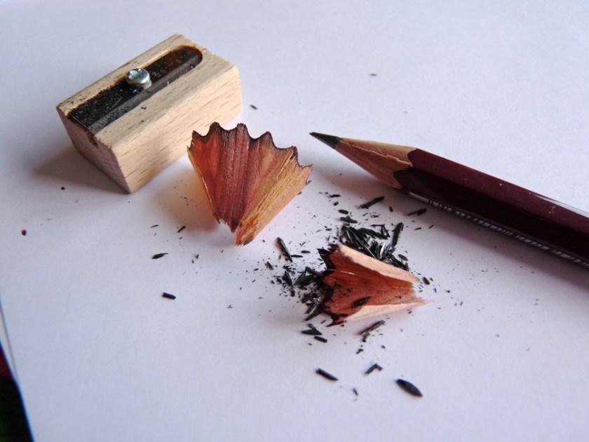 Mitsubishi Hi-Uni pencil sharpening