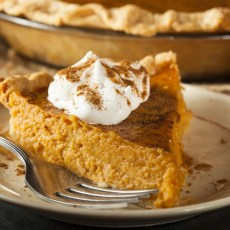 Mom's Pumpkin Pie - perfect anytime [900x600]