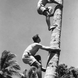 Troops at Darwin, The Argus, ca. 1941 (www.slv.vic.gov.au)