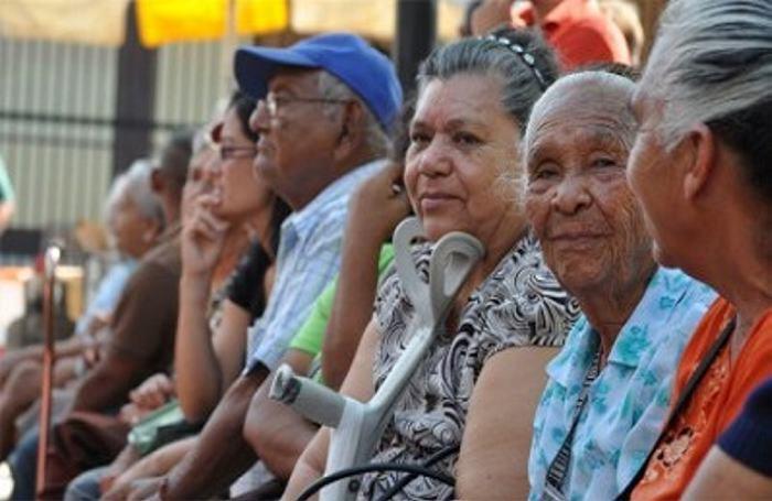 """Desmienten nuevamente la existencia de la tal """"Ley Roy Barreras"""" para los pensionados"""