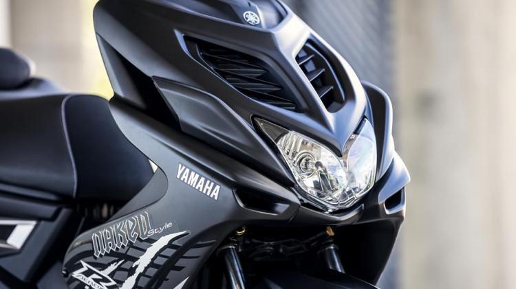 2016-Yamaha-AER50N-EU-Power-Black-Detail-002