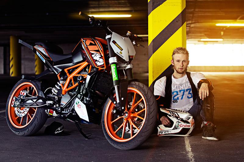 Yuk Tonton Aksi Keren Freestyle Rok Bagoros Pakai KTM Duke 200 di Jalanan Brazil!