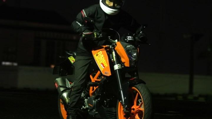 Test Ride Tuned KTM Duke 200: Tenaga Atas Bringas Bikin Nagih Open Throttle!