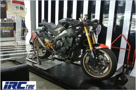 Modifikasi Yamaha R6: Rela Sunat Rangka Biar Sah Jadi Cafe Racer!