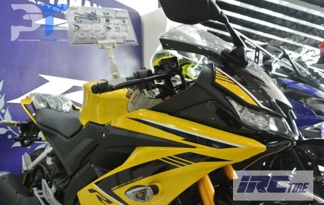 All New Yamaha R15 Warna Kuning, Keren Seperti Moge Yamaha R1 Limited Edition!