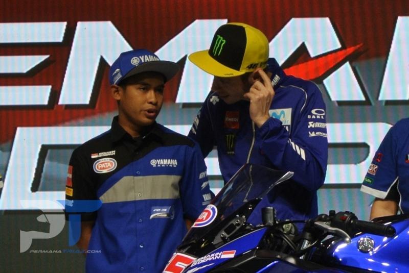 Juarai WSSP300 Ceko, Valentino Rossi Bangga Dengan Pembalap Indonesia