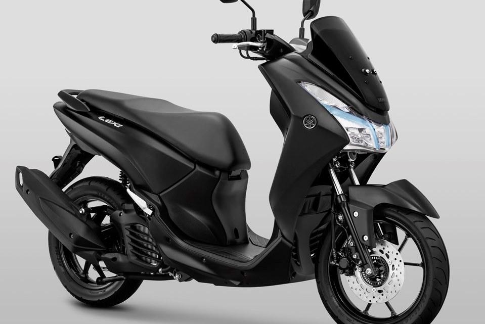 Motorcycle of The Year 2018 Kini Hadir Dengan Warna Matte Black, Makin Mewah Dilihat!