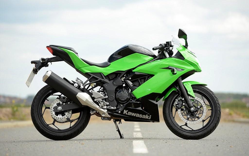 Ninja 250SL Atau Sport 150cc ? Jangan Galau, Begini Cara Memilihnya