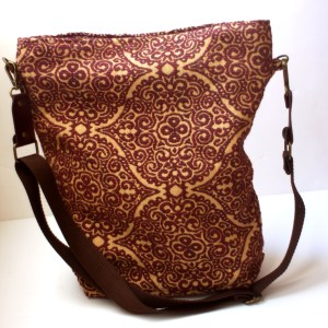 Red Chenille Tapestry Carpet Bag