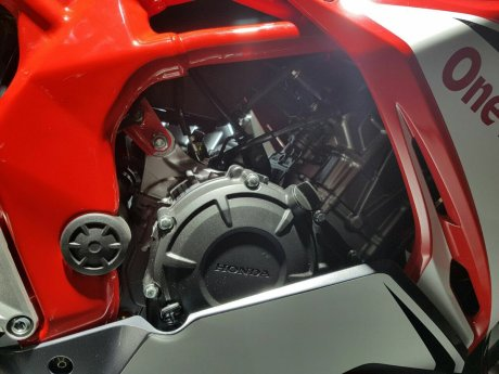 mesin All New Honda CBR250RR Merah 4 Pertamax7.com