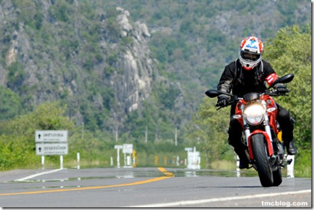 tmcblog test ducati monster 795