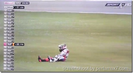 jorge lorenzo crash 16