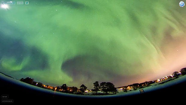 Immersive 360 Panorama Timelapse Lets You Experience the Aurora Borealis  interactive