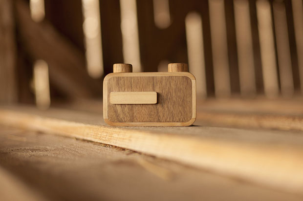 ONDU: A New Line of Beautiful Wooden Pinhole Cameras ondu