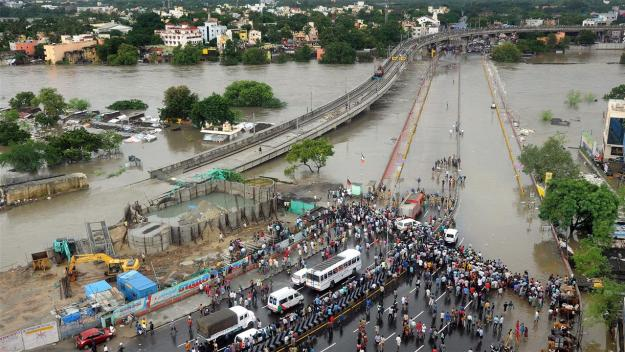 saidapet bridge under water