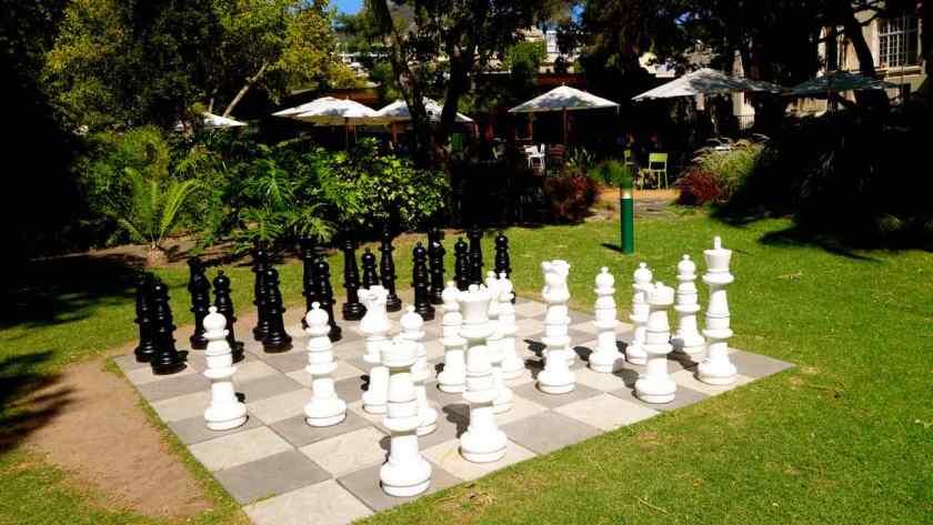 Kapstadt, Companys Garden, Schachspiel vor Cafe