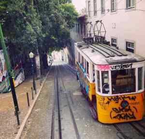 Lissabon Tipps, Standseilbahn Elevador da Glória