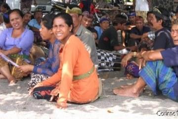 Cérémonie Lovina - Bali 2008