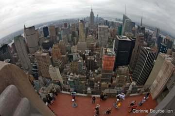 Manhattan et l'Empire State Building. Vue depuis le sommet du Rockfeller Center. New York, mai 2012.