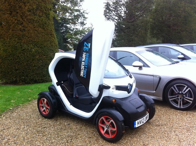 Renault Twizy: In the rain, on the M3 motorway