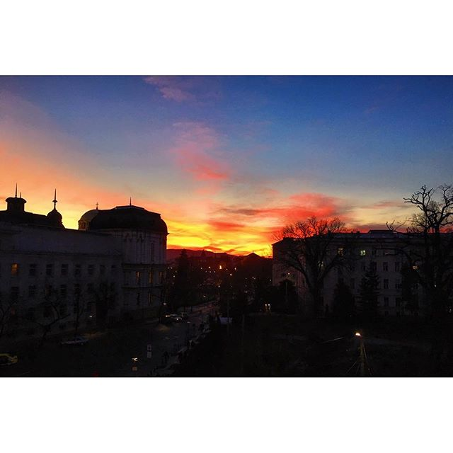 Oh, nicely done, #sunset! #Sofia #home
