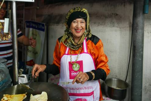 タイ・チェンマイ・ナイトマーケット・屋台