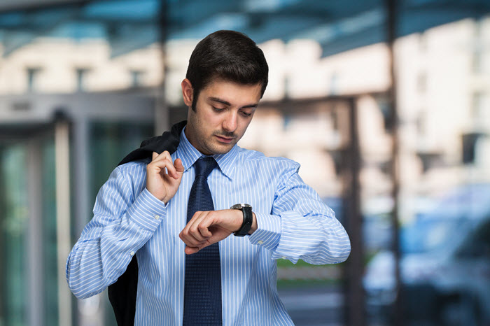 Professional salespeople work by appointment