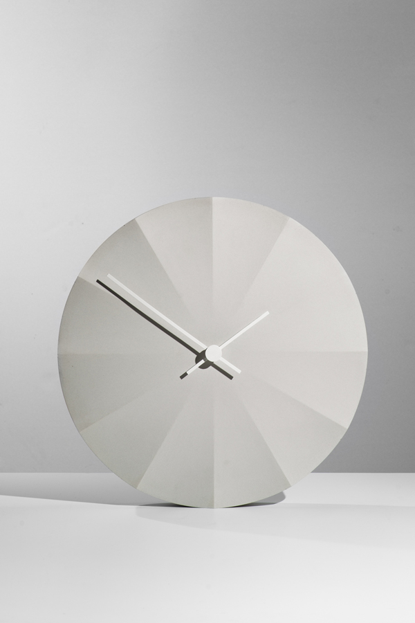 "Concrete Clock ""Apollo"""