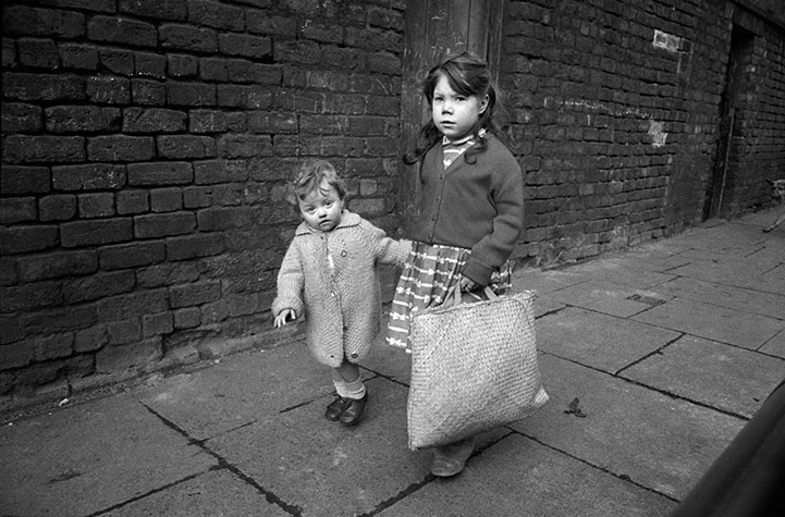 GB. England. Liverpool children. 1961.