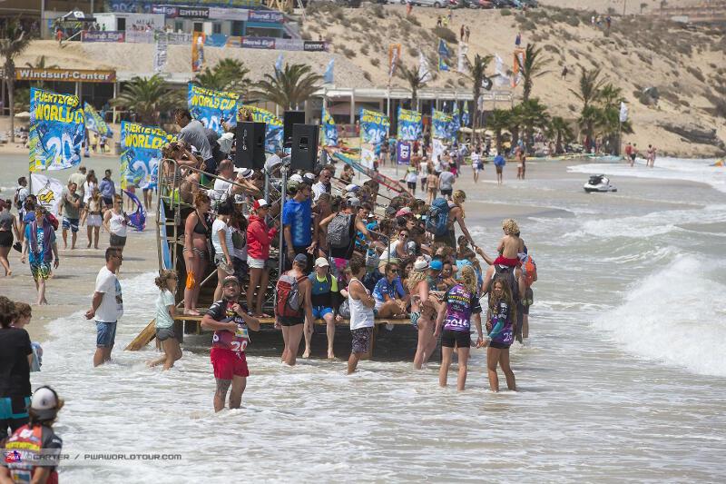 High tide on Sotavento Beach