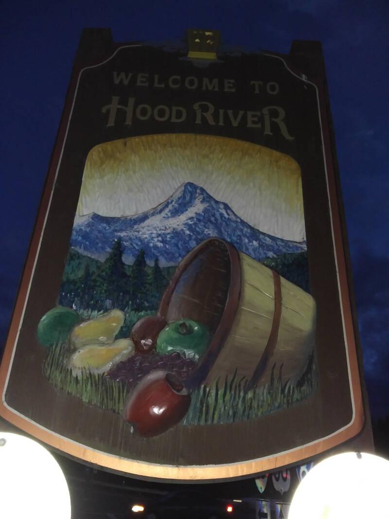 Lots of fruit is grown in the Hood River Valley