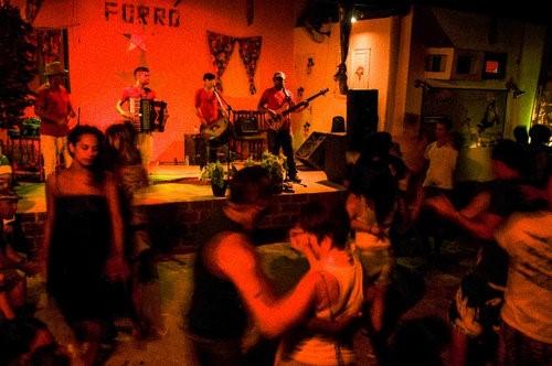 Forro Dona Amelia - Photo by Vila Kalango