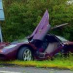 Rowan Atkinson Luckily Survived when his McLaren F1 Car Crashed