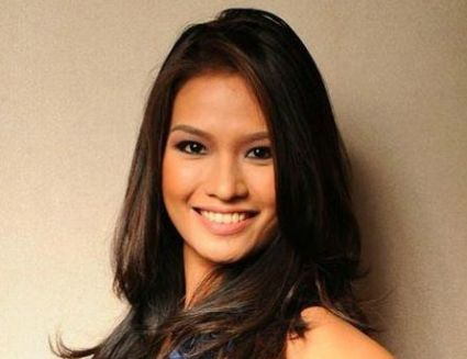 Janine Togonon Miss Universe Cobra Walk