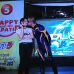 Kidlat Star Derek Ramsay Kissing Nadine Samonte at Dinagyang (Photo)