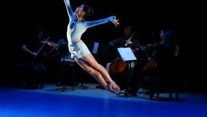 "Andrea Yorita (and musicians) in Matthew Neenan's ""Increasing"" Photo by: Bill Hebert"